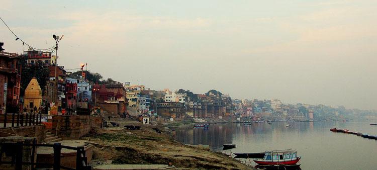 Varanassi Panorama fot. Stewils cc flickr
