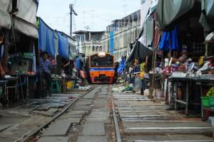 Targ na torach kolejowych